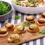 15 Mini Cheeseburger Crostini